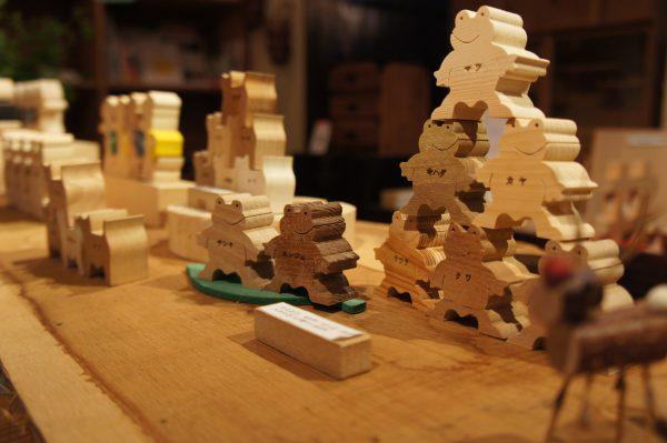 ヒノコの木のおもちゃ